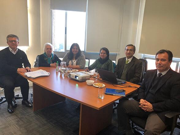 La Comisión se reúne con Gerente General del SCOMP
